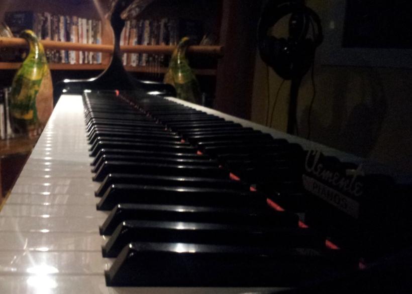 Piano, teclado Miguel Hortelano