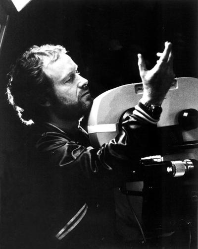 Ridley Scott, creador de ambientes, alquimista de texturas, un visionario.